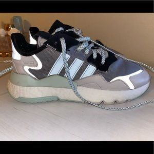 Women's Adidas Nite Jogger Shoes (size: 8)